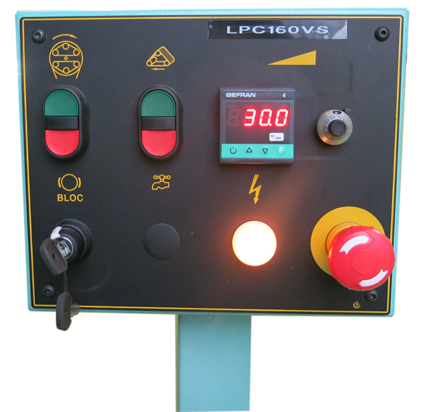 Controls panel of the orbital wood sanding machine for bent and straight rods – LPC 300