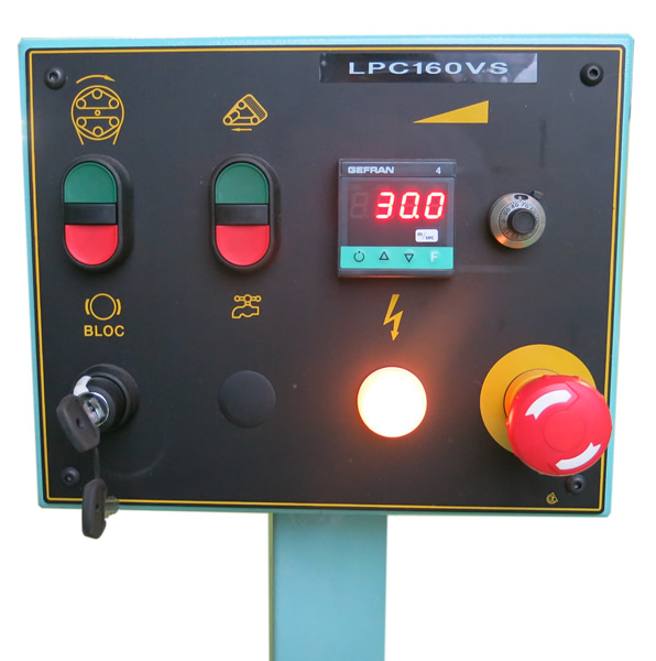 Controls panel of the wood belt sanding machine for big poles – LPC 500