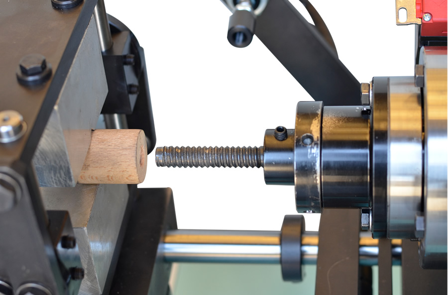 Internal threading of the wood threading machine – FIL 30-50