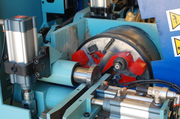 Cutterhead of the CN milling machine – TS 60 CN